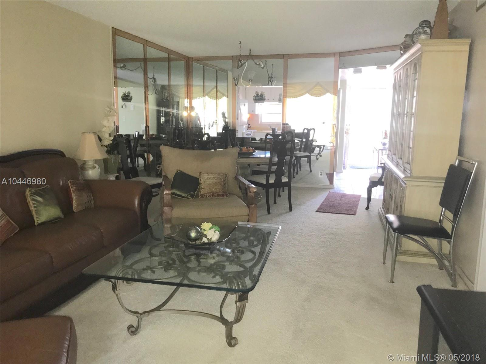 Charmant 8962 S Hollybrook Blvd, #202, Pembroke Pines, FL 33025
